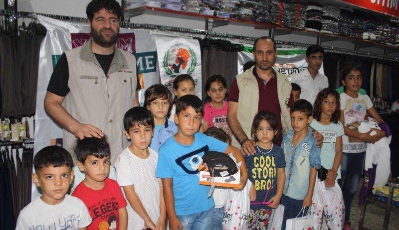 Festtagsgeschenke für Kinder in der Türkei