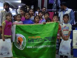 Freude für die Waisen in Nizip