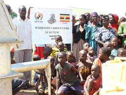 Avrupa Yetim-Der Aracılığı İle Uganda'da Su Kuyusu Açıldı