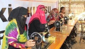 Avrupa Yetim-Der Arakanlı kadınları üretime yönlendiriliyor